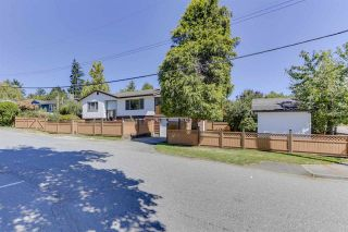 Photo 2: 7310 CATHERWOOD Street in Mission: Mission BC House for sale : MLS®# R2487299