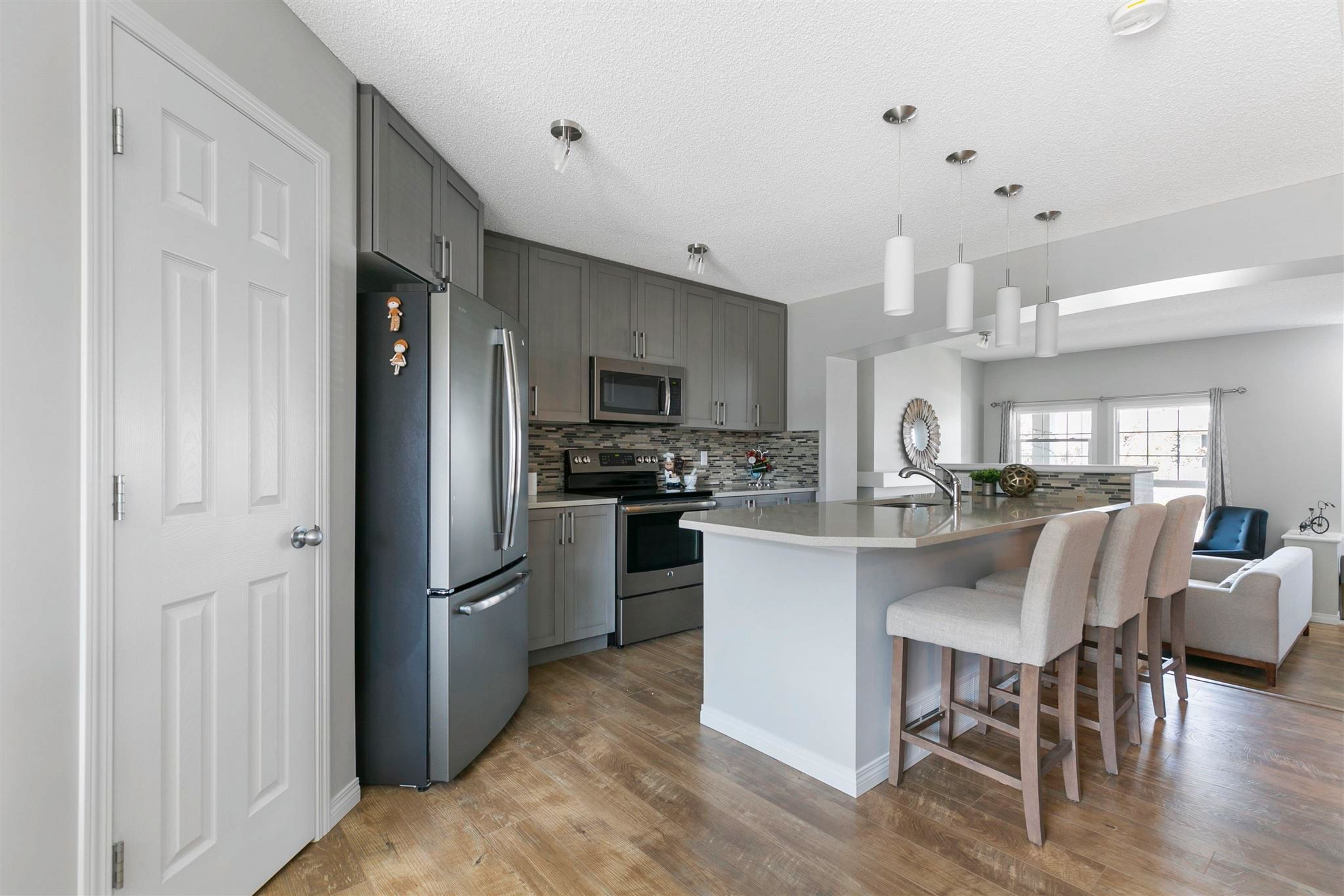 Main Photo: 2566 COUGHLAN Road in Edmonton: Zone 55 House for sale : MLS®# E4247684