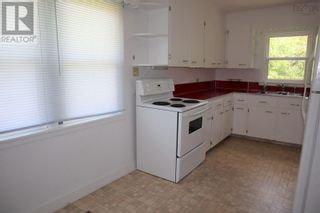 Photo 3: 31 College Street in Liverpool: House for sale : MLS®# 202120363