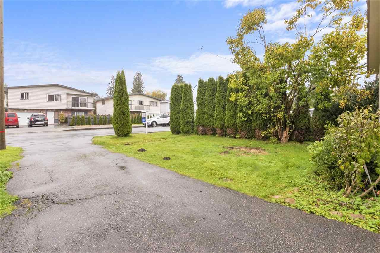 Photo 21: Photos: 805 GREENE Street in Coquitlam: Meadow Brook House for sale : MLS®# R2513722