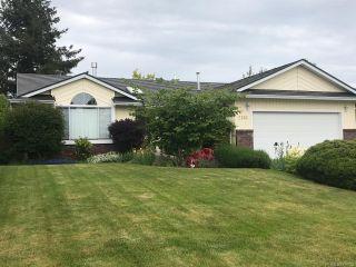 Photo 1: 2136 BOLT Avenue in COMOX: CV Comox (Town of) House for sale (Comox Valley)  : MLS®# 788022