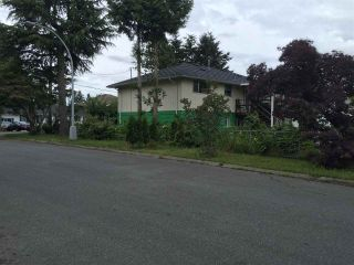 Photo 15: 12530 89A Avenue in Surrey: Queen Mary Park Surrey House for sale : MLS®# R2080125