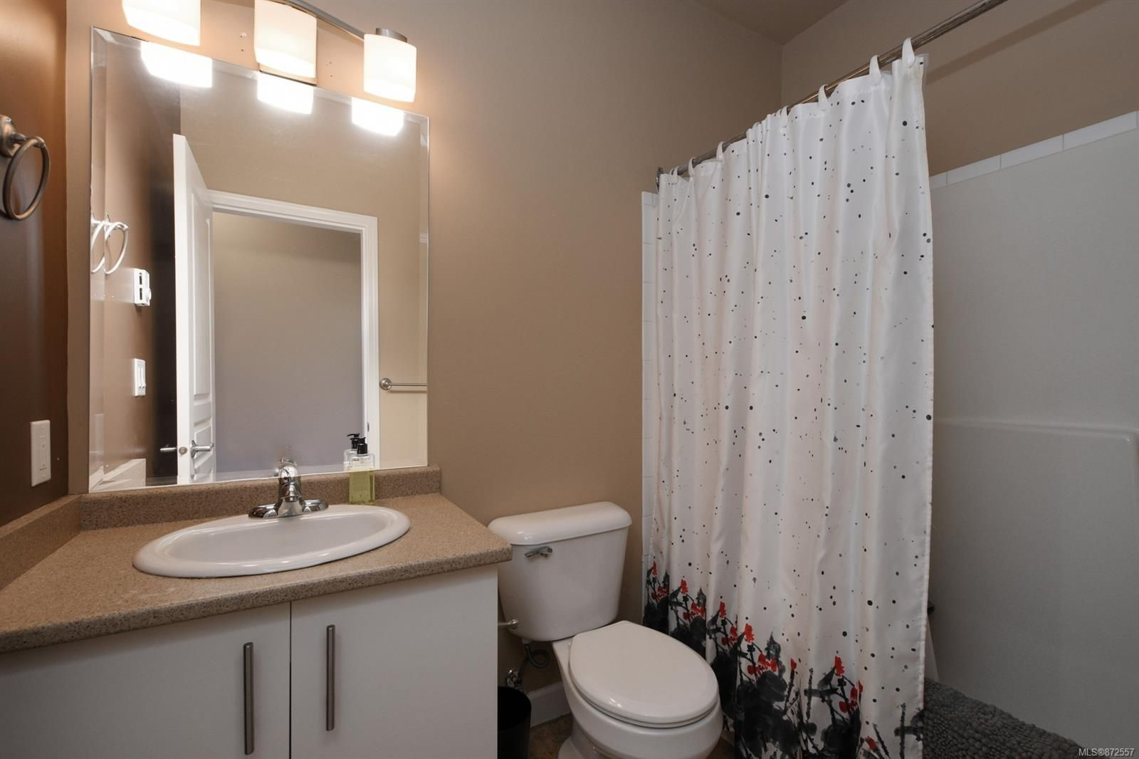 Photo 13: Photos: 411 825 Goldstream Ave in : La Langford Proper Condo for sale (Langford)  : MLS®# 872557