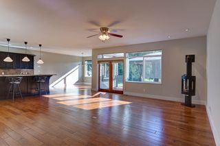 "Photo 9: 5005 BAY Road in Sechelt: Sechelt District House for sale in ""Davis Bay"" (Sunshine Coast)  : MLS®# R2217861"