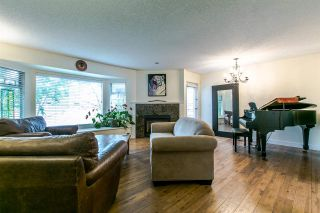 "Photo 3: 38 1195 FALCON Drive in Coquitlam: Eagle Ridge CQ Townhouse for sale in ""THE COURTYARDS"" : MLS®# R2208911"