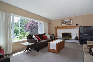 Photo 2: 20711 46 AVENUE in Langley: Langley City House for sale : MLS®# R2077062