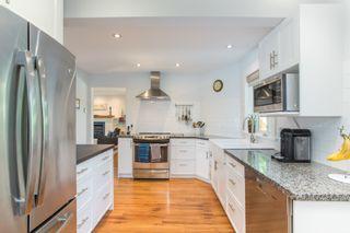 "Photo 12: 2882 MCKENZIE Avenue in Surrey: Crescent Bch Ocean Pk. House for sale in ""Crescent Beach"" (South Surrey White Rock)  : MLS®# R2460460"