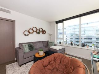 Photo 3: 2008 68 SMITHE Street in Vancouver: Downtown VW Condo for sale (Vancouver West)  : MLS®# R2616586
