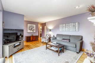 Photo 4: 73 Langton Drive SW in Calgary: North Glenmore Park Detached for sale : MLS®# A1112301