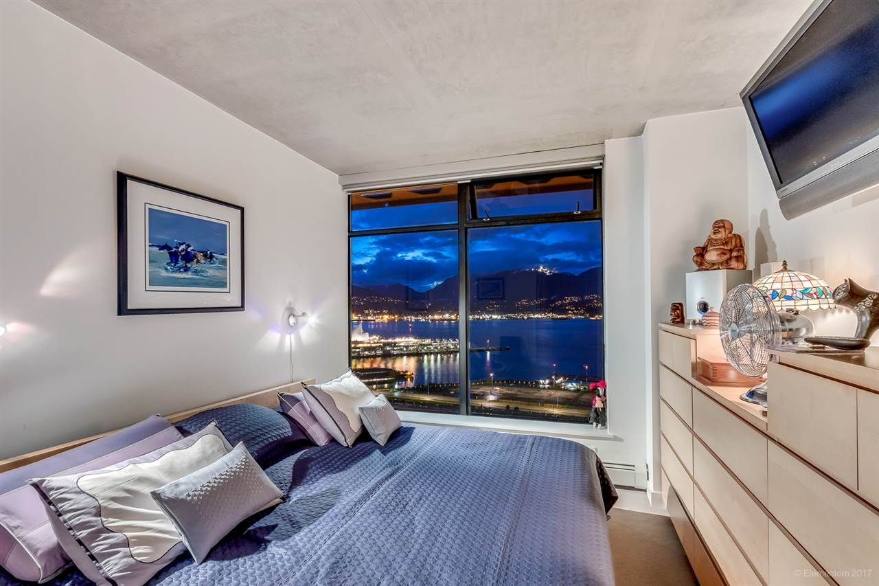 """Photo 10: Photos: 2503 128 W CORDOVA Street in Vancouver: Downtown VW Condo for sale in """"WOODWARDS W43"""" (Vancouver West)  : MLS®# R2199379"""