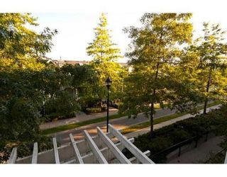 Photo 9: # 203 6833 VILLAGE GREEN in Burnaby: Condo for sale : MLS®# V844427