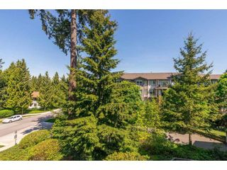 "Photo 24: 307 15150 29A Avenue in Surrey: King George Corridor Condo for sale in ""The Sands 2"" (South Surrey White Rock)  : MLS®# R2464623"