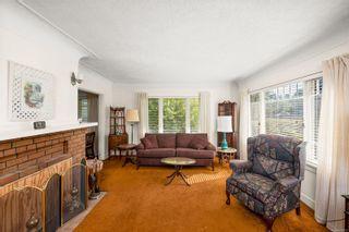 Photo 3: 2494 Central Ave in : OB South Oak Bay House for sale (Oak Bay)  : MLS®# 885913