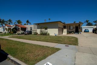 Photo 2: KENSINGTON House for sale : 3 bedrooms : 4825 Kensington Dr. in San Diego