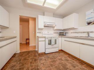 "Photo 6: 105 5768 MARINE Way in Sechelt: Sechelt District Condo for sale in ""Cypress Ridge"" (Sunshine Coast)  : MLS®# R2446337"