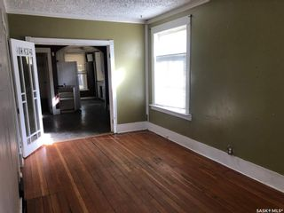 Photo 3: 1118 B Avenue North in Saskatoon: Caswell Hill Residential for sale : MLS®# SK871533