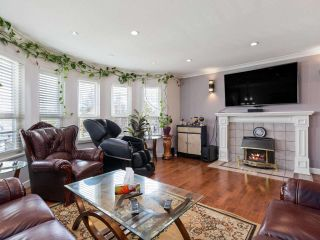 Photo 2: 14338 78A Avenue in Surrey: East Newton House for sale : MLS®# R2558341
