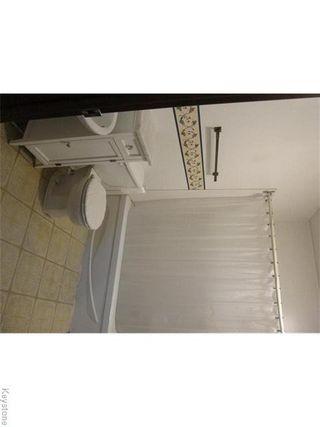 Photo 10: 387 Queen Street in Winnipeg: St James Residential for sale (5E)  : MLS®# 1626178