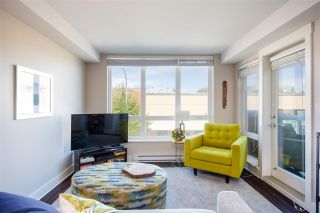 """Photo 9: 215 55 EIGHTH Avenue in New Westminster: GlenBrooke North Condo for sale in """"EIGHTWEST"""" : MLS®# R2457550"""