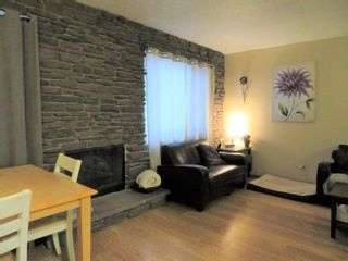 Photo 9: 27 Laurel Bay: Oakbank Single Family Attached for sale (R04)  : MLS®# 1817168