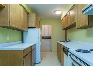 """Photo 3: 302 1720 W 12TH Avenue in Vancouver: Fairview VW Condo for sale in """"TWELVE PINES"""" (Vancouver West)  : MLS®# V1121634"""