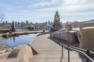 "Photo 31: 1802 638 BEACH Crescent in Vancouver: Yaletown Condo for sale in ""Icon"" (Vancouver West)  : MLS®# R2538936"