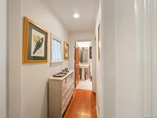 Photo 7: 103 1060 Southgate St in Victoria: Vi Fairfield West Condo for sale : MLS®# 844244