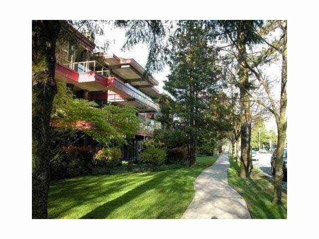 Main Photo: 108 4951 SANDERS STREET in : Forest Glen BS Condo for sale : MLS®# V853670
