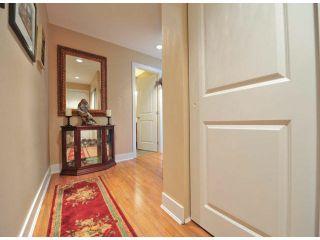 """Photo 3: 203 15350 16A Avenue in Surrey: King George Corridor Condo for sale in """"Ocean Bay Villas"""" (South Surrey White Rock)  : MLS®# F1422453"""