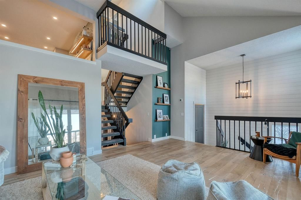 Main Photo: 5919 Coach Hill Road in Calgary: Coach Hill Detached for sale : MLS®# A1069389