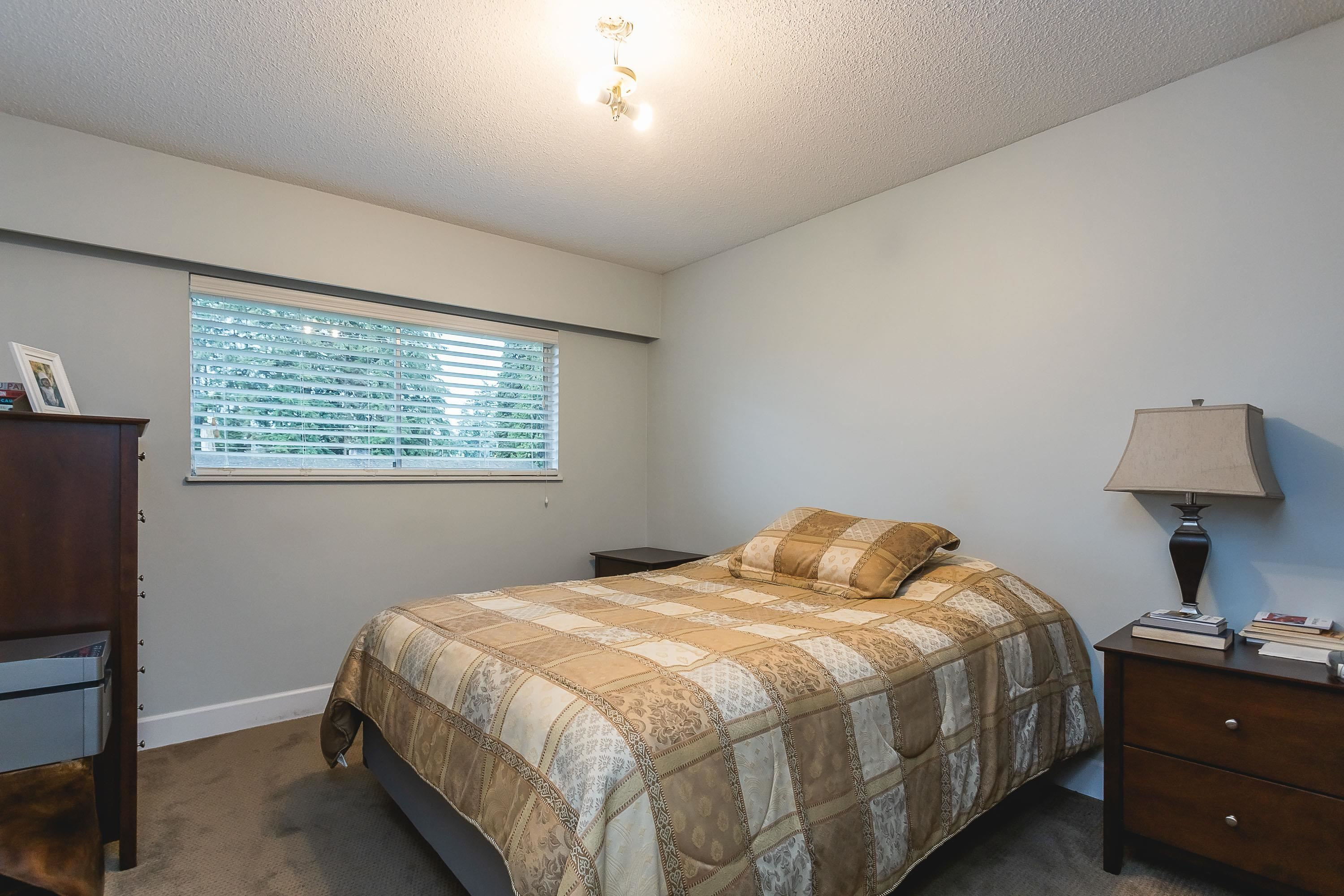 Photo 3: Photos: 3260 ULSTER Street in Port Coquitlam: Lincoln Park PQ House for sale : MLS®# R2613283