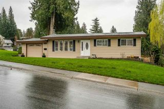Main Photo: 34820 CHAMPLAIN Crescent in Abbotsford: Abbotsford East House for sale : MLS®# R2585881