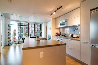 """Photo 10: 2606 108 W CORDOVA Street in Vancouver: Downtown VW Condo for sale in """"WOODWARDS"""" (Vancouver West)  : MLS®# R2237900"""