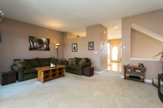 """Photo 7: 52 18828 69 Avenue in Surrey: Clayton Townhouse for sale in """"Starpoint"""" (Cloverdale)  : MLS®# R2340576"""