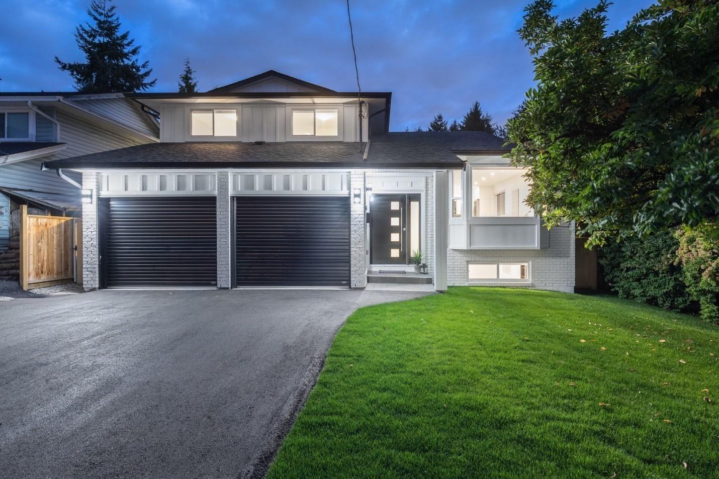 Main Photo: 20340 118 Avenue in Maple Ridge: Southwest Maple Ridge House for sale : MLS®# R2618165