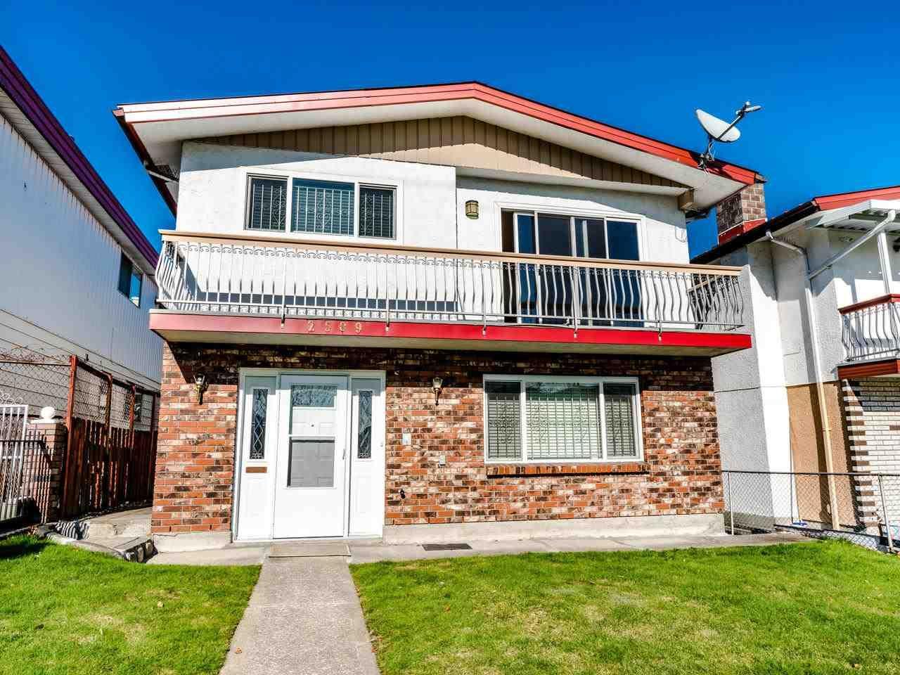 Main Photo: 2509 E PENDER STREET in : Renfrew VE House for sale : MLS®# R2438630