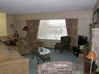 Photo 14: 20319 DEWDNEY TRUNK ROAD in MAPLE RIDGE: Home for sale : MLS®# V1044822