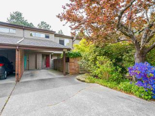 """Photo 2: 4023 VINE Street in Vancouver: Quilchena Townhouse for sale in """"Arbutus Village"""" (Vancouver West)  : MLS®# R2585686"""