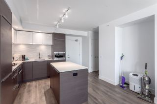 """Photo 3: 617 5233 GILBERT Road in Richmond: Brighouse Condo for sale in """"RIVER PARK PLACE"""" : MLS®# R2197114"""