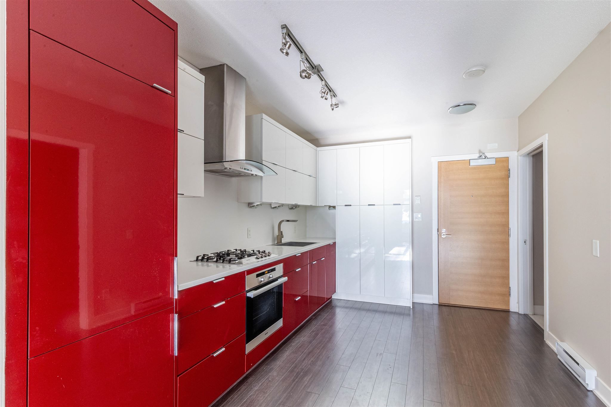 """Photo 15: Photos: 235 1777 W 7TH Avenue in Vancouver: Fairview VW Condo for sale in """"KITS 360"""" (Vancouver West)  : MLS®# R2607032"""