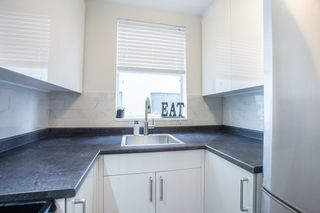 """Photo 9: 702 1219 HARWOOD Street in Vancouver: West End VW Condo for sale in """"CHELSEA"""" (Vancouver West)  : MLS®# R2313439"""