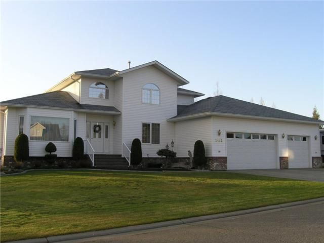 """Main Photo: 2432 PANORAMA Place in Prince George: Hart Highlands House for sale in """"HART HIGHLANDS"""" (PG City North (Zone 73))  : MLS®# N201013"""