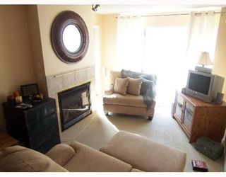"""Photo 2: 10866 CITY Parkway in Surrey: Whalley Condo for sale in """"The Access"""" (North Surrey)  : MLS®# F2705147"""