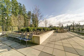 """Photo 16: 809 3080 LINCOLN Avenue in Coquitlam: North Coquitlam Condo for sale in """"Westwood 1123 by Onni"""" : MLS®# R2436940"""