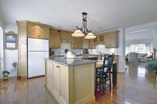 Photo 2: 15 Scenic Road NW in Calgary: Scenic Acres Detached for sale : MLS®# A1099129