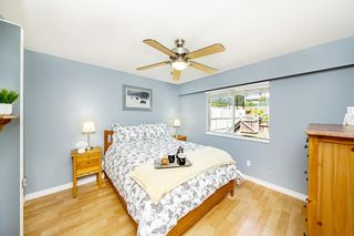 """Photo 18: 15580 COLUMBIA Avenue: White Rock House for sale in """"White Rock"""" (South Surrey White Rock)  : MLS®# R2599459"""