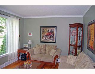 Photo 2: 398 MOORGATE Street in WINNIPEG: St James Residential for sale (West Winnipeg)  : MLS®# 2912558