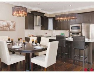 Photo 2: 30 2453 163RD Street in South Surrey White Rock: Grandview Surrey Home for sale ()  : MLS®# F2912501