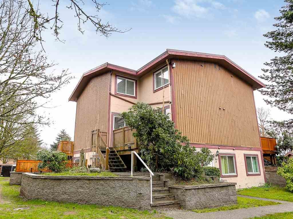 Main Photo: 6 316 HIGHLAND Drive in Port Moody: North Shore Pt Moody Townhouse for sale : MLS®# R2153614