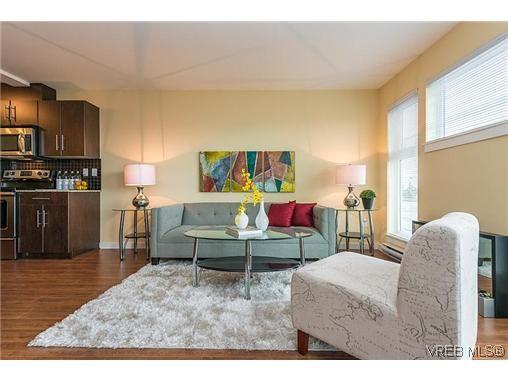 Main Photo: 413 1405 Esquimalt Rd in VICTORIA: Es Saxe Point Condo for sale (Esquimalt)  : MLS®# 622542